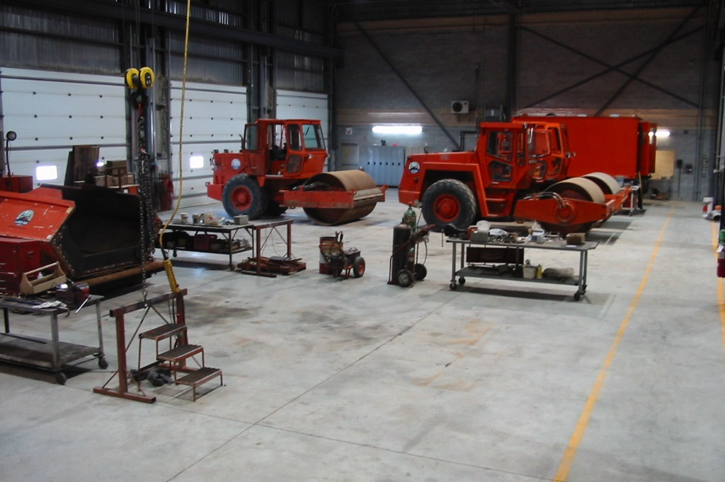 Heavy equipment maintenance facilities